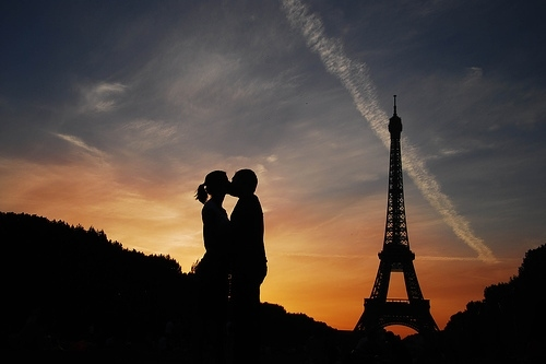 Couple Eiffel Tower