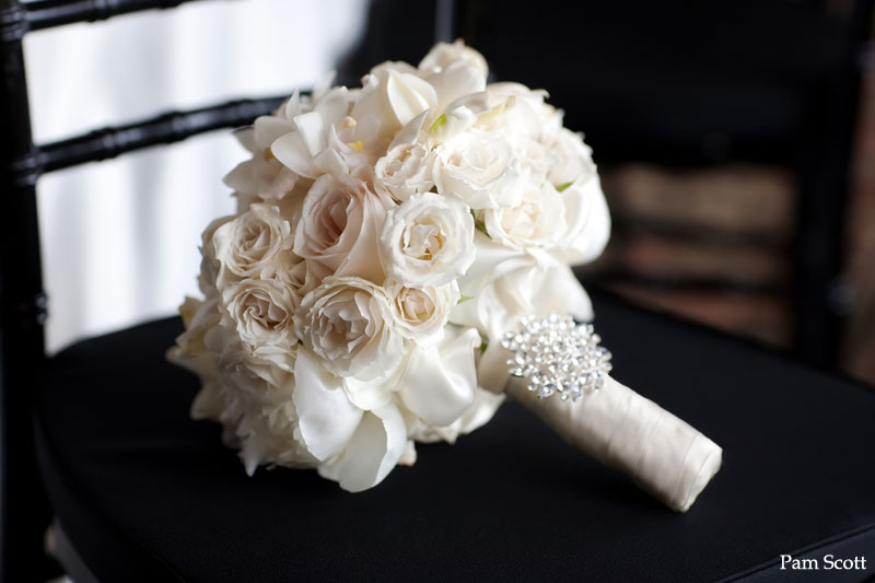 White-ivory-bridal-bouquet-with-crystal-brooch